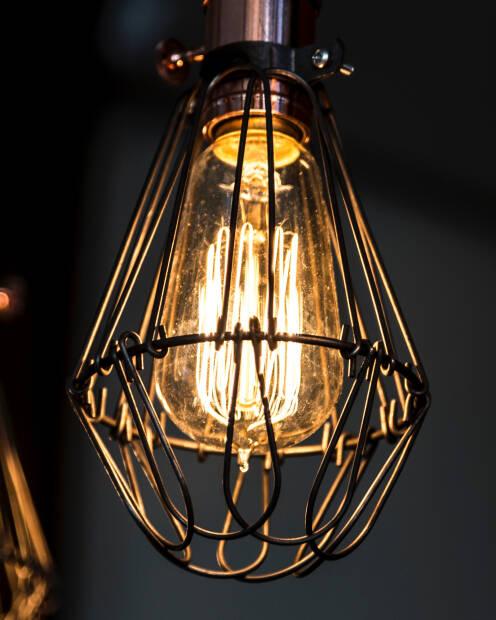 Edison Bulb caged alt
